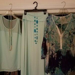 2 Aqua Outfits